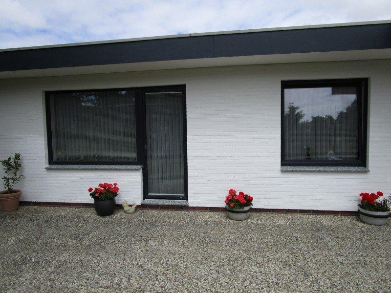haust r nebeneingangst r terrassent r fenster und innent ren in b sum. Black Bedroom Furniture Sets. Home Design Ideas