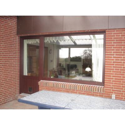 Terrassentür mit Fensterelement von außen