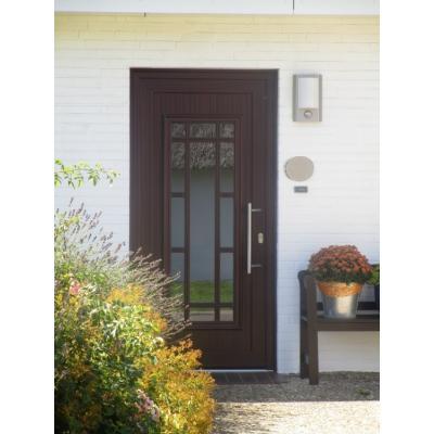 Haustür von außen